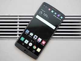 В США стартуют продажи LG V10
