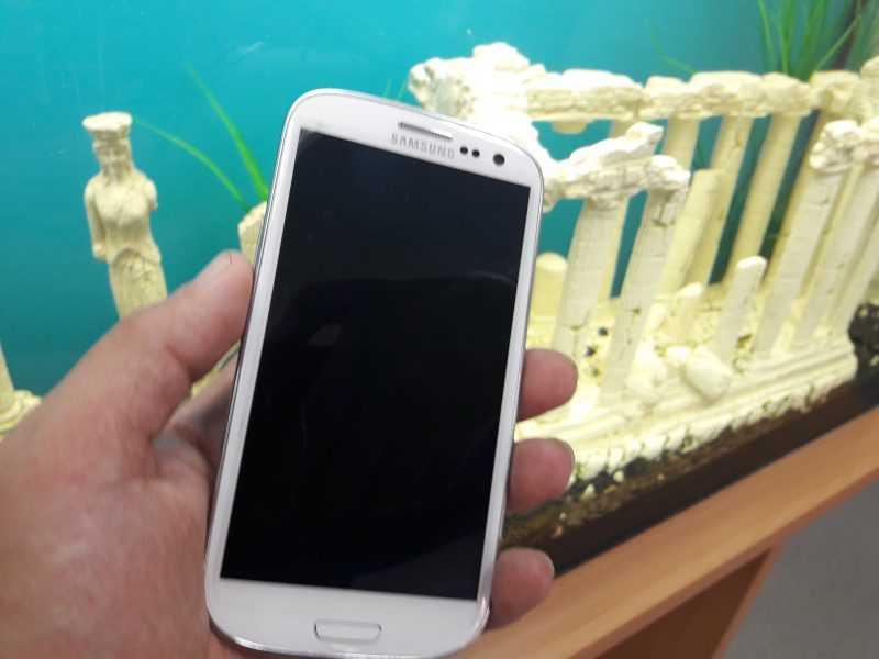 Samsung GT-i9300i Galaxy S3 Duos: обзор обновленного флагмана в 2014 году