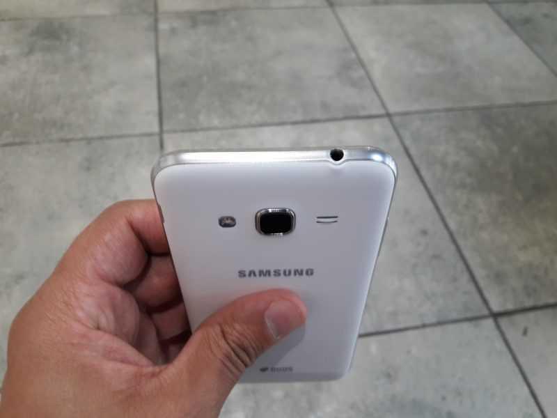 Обзор Samsung Galaxy J3 (2016) J320: Amoled экраны в массы