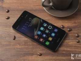 Анонсирован Huawei Honor 5C