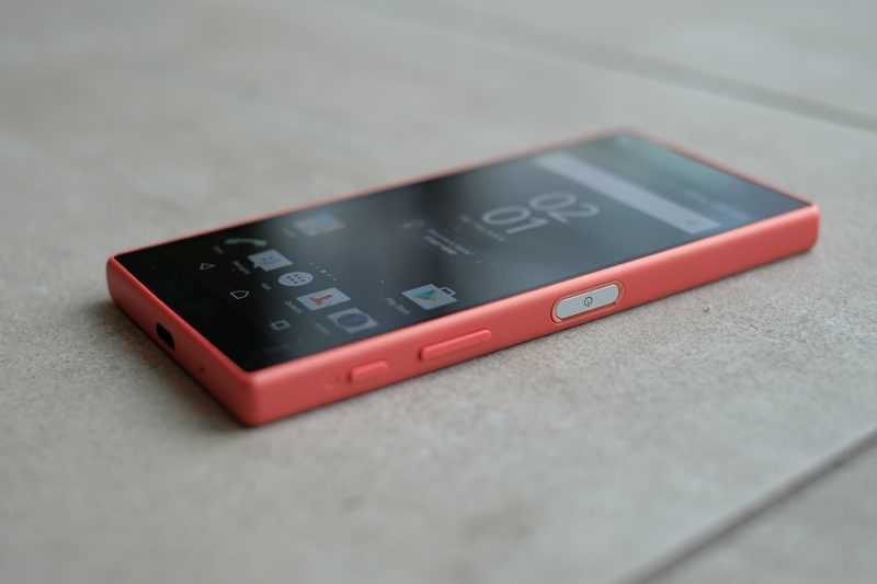 SONY Xperia Z5 Compact E5823 Red