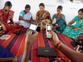 Продающиеся в Индии телефоны получат тревожную кнопку