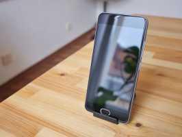 Передняя панель с изогнутым стеклом в Meizu M3