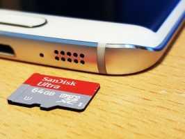 microSD со смартфоном