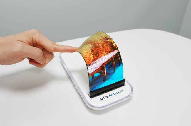 Все мировые производители дисплеев для смартфонов
