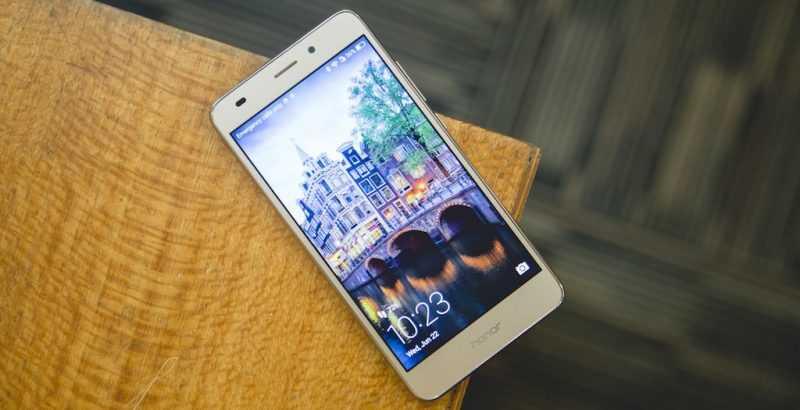 Обзор смартфона Huawei GT3