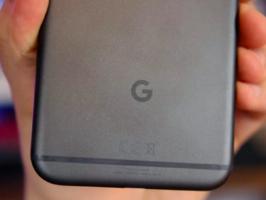 Смартфоны Google Pixel имеют датчик Холла