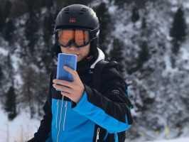 """Появился Xiaomi Mi Note 2 в голубом или в цвете """"Синий коралл"""""""