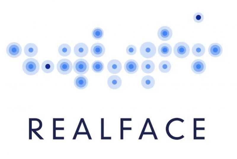 Apple купила израильскую технологию RealFace для распознавания лиц людей