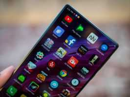 Xiaomi раскрыла дату выхода Mi Mix 2