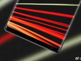Просочились новые фото дисплея Xiaomi Mi Mix 2