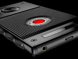 RED показал «голографический дисплей» для Hydrogen