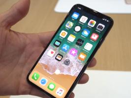 Руководство Apple обсудит с Foxconn задержки производства iPhone X
