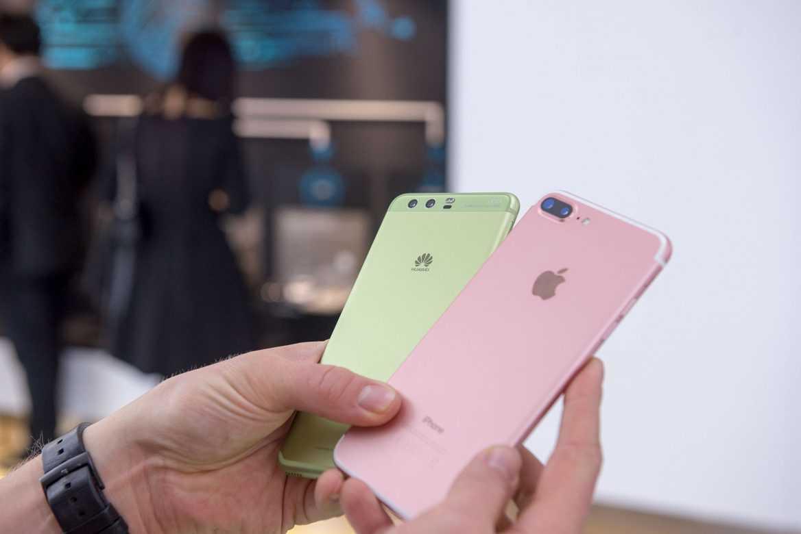 Китайские покупатели предпочитают покупать смартфоны Huawei, а не Apple