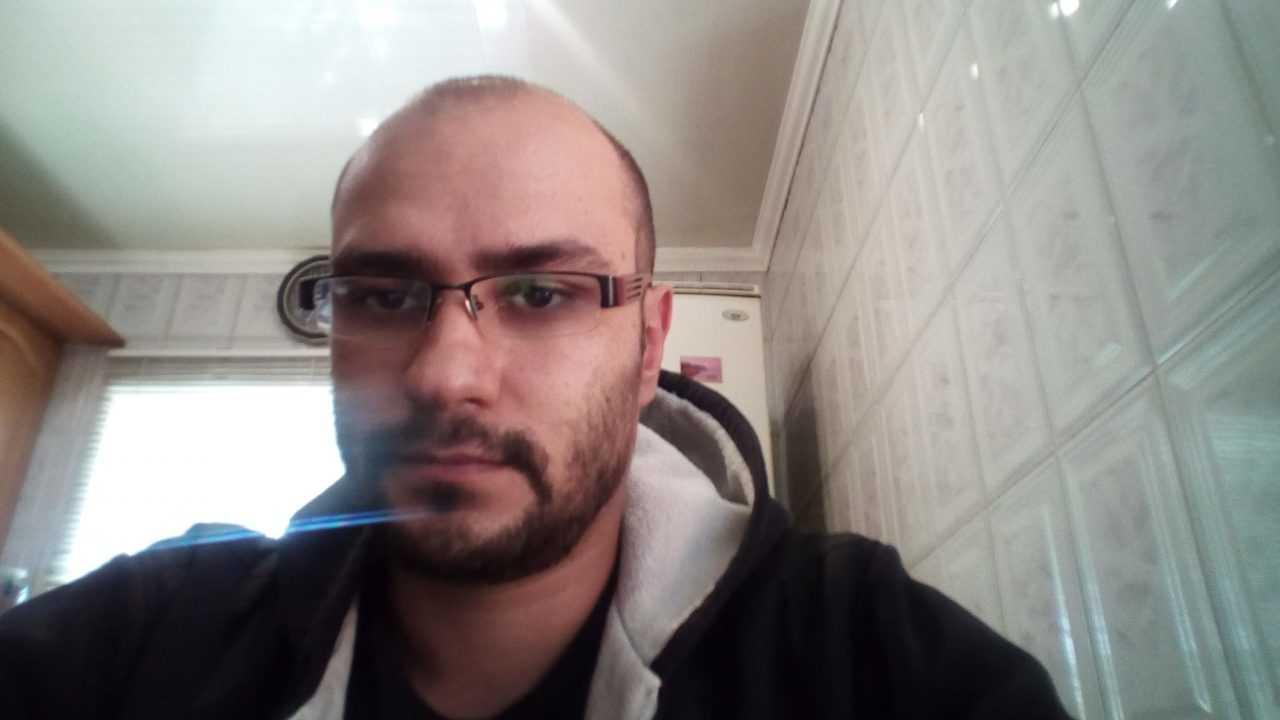 Пример снимка на форнтальную камеру E&L W9