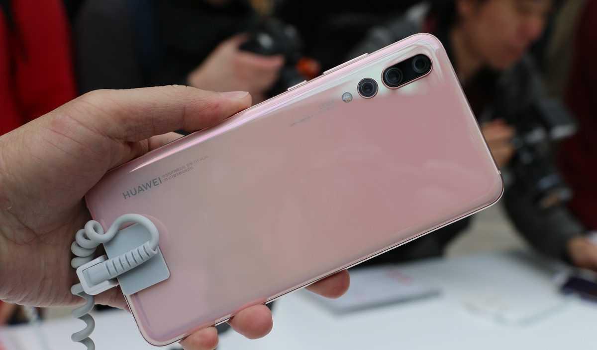 Huawei представит Honor 10 AI сИИ уже кконцу весны
