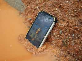Смартфоны защищенные IP68 с мощным аккумулятором