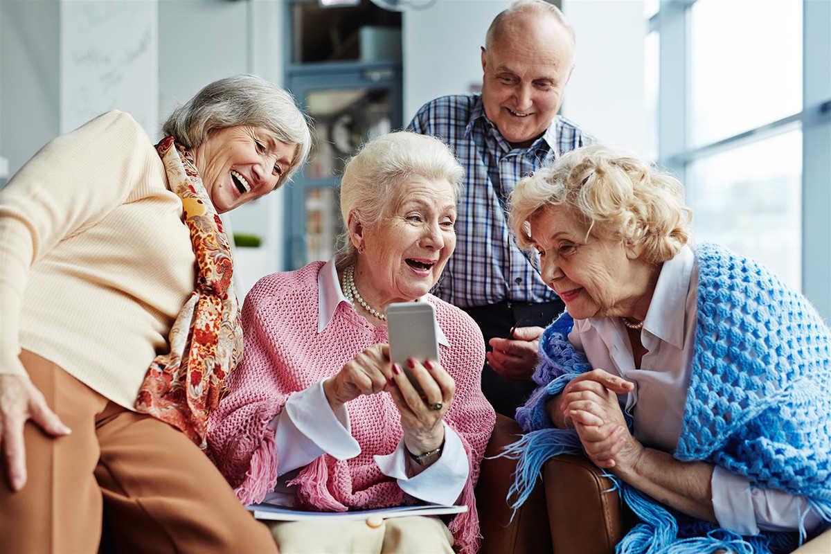 Пенсионер веселые картинки, рэп картинки